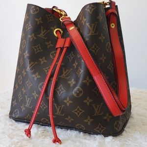 Louis Vuitton 10 x 9 x 11 Red Brown
